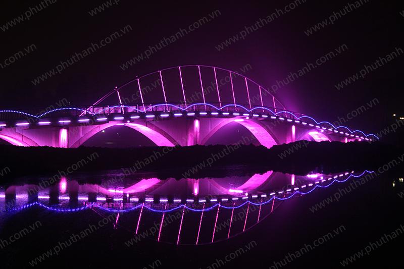 Đèn led chiếu sáng đường phố - Chiếu sáng trang trí cầu Yên Hòa- Yên Bái