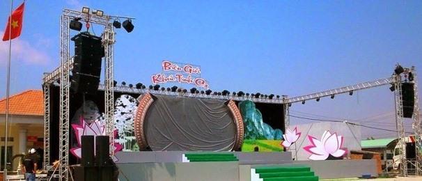 Màn hình led sân khấu ngoài trời tại liên hoan nghệ thuật