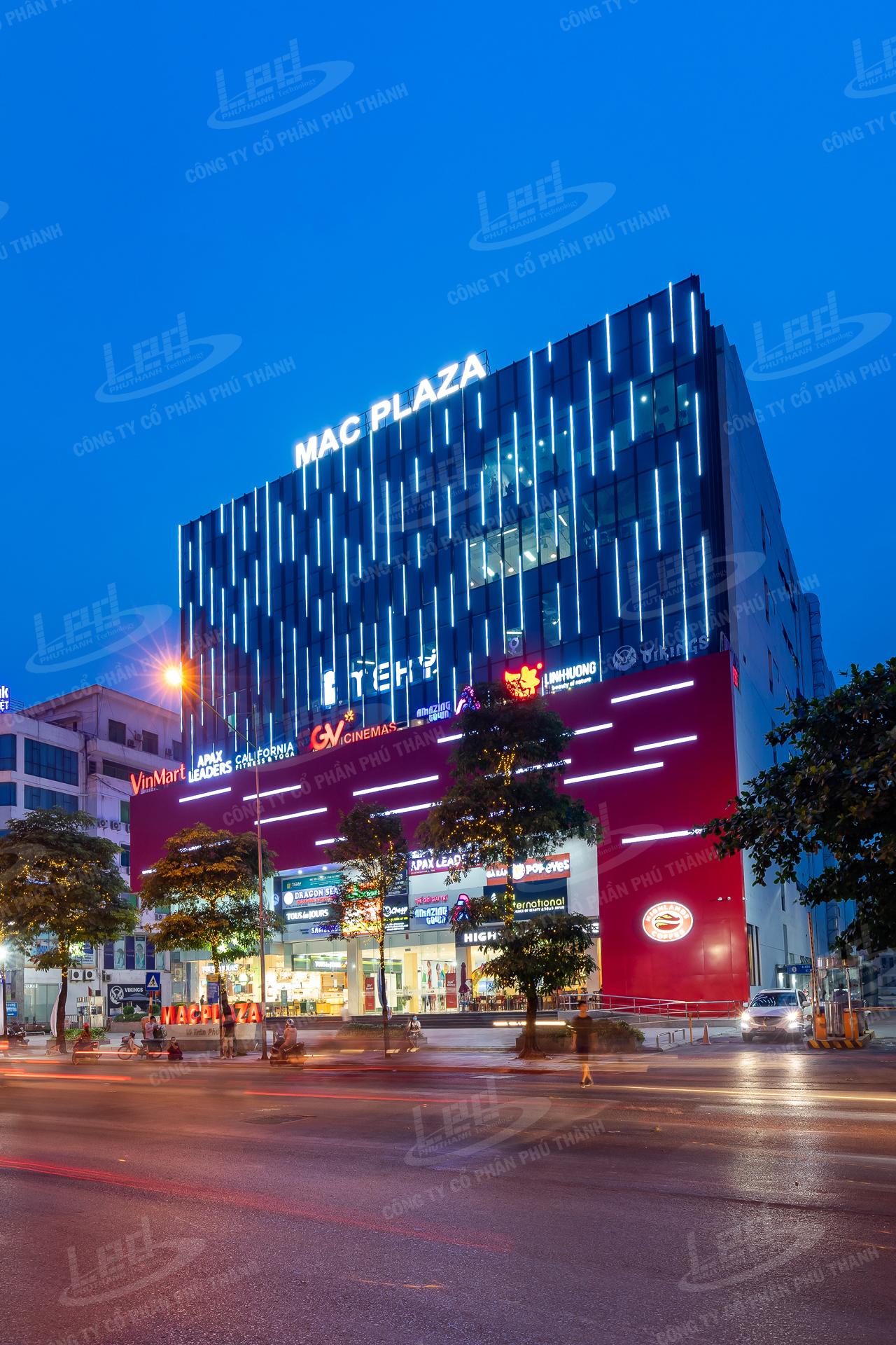 Mac-Plaza-06